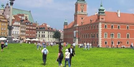 Plac Zamkowy zmieni się w wielki trawnik!