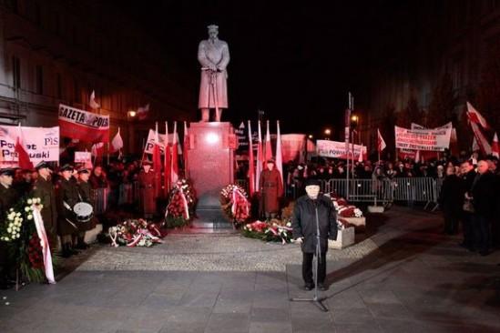 Obchody smoleńskie. Fot. Dawid Zuchowicz