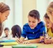Zbiórka przyborów szkolnych dla uchodzców. Potrzebne zeszyty, kredki, plecaki