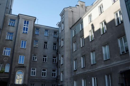 Kamienica przy Brackiej 23 w Warszawie. Fot. PAP/Jacek Turczyk