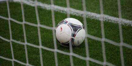 Piłkarski mundial młodzieży z domów dziecka na stadionie Legii