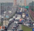 """ZDM przejmuje kontrolę ciężarówek w stolicy. """"Przeładowane pojazdy niszczą nasze drogi"""""""