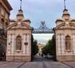 """Namiot ONR-u przed bramą Uniwersytetu Warszawskiego. """"Jest zgoda miasta"""""""