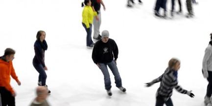 Darmowe lodowiska dla dzieci i młodzieży w ferie