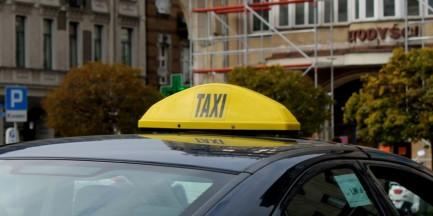 Na 160 kontroli - 106 nieprawidłowości. Nieuczciwi taksówkarze ukarani