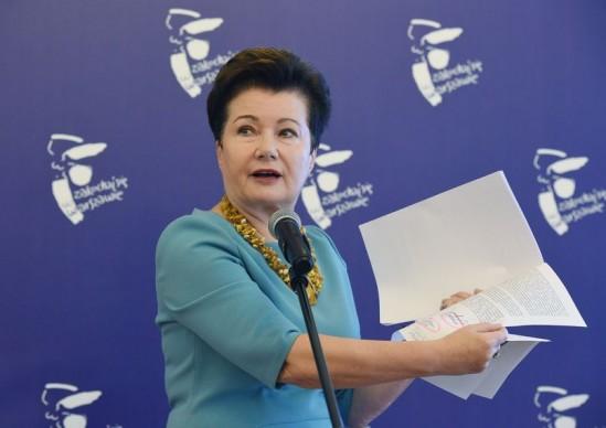 Prezydent Warszawy Hanna Gronkiewicz-Waltz podczas briefingu prasowego dotyczącego reprywatyzacji Fot. PAP/Radek Pietruszka