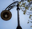 Niezwykłe latarnie z ulicy Szwoleżerów przejdą gruntowną konserwację