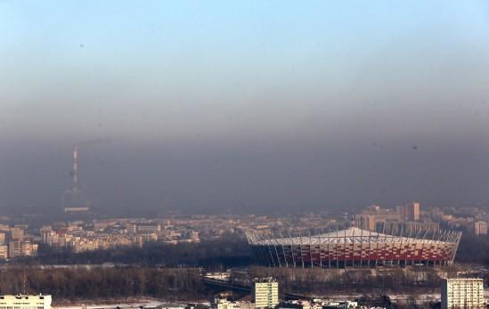 Smog w Warszawie. Fot. PAP/Tomasz Gzell
