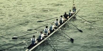 """Wioślarze z AZS UW otrzymali nową łódź. """"Wcześniej służyła kadrze Niemiec"""""""