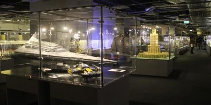 Gwiezdne Wojny i stan wojenny. Największa w Polsce wystawa budowli z klocków lego [WIDEO]