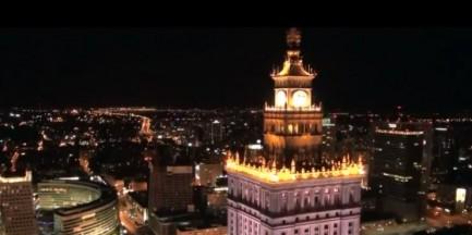 Warszawa nocą nigdy nie śpi (FAJNE WIDEO)