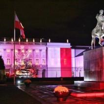 Setki tysięcy na nowe iluminacje Pałacu Prezydenckiego