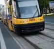 """Kontrola biletów w tramwaju. Pasażerka: """"kontroler rzucił mnie na ziemię i zaczął szarpać"""""""