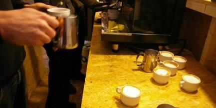 Kawa za darmo, płacisz za czas w kawiarni. Dobry pomysł?