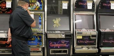 Wólka Kosowska: zlikwidowano nielegalne kasyna. Prowadziła je azjatycka grupa przestępcza