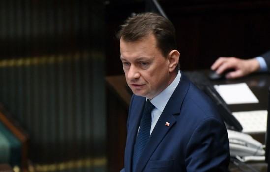 Minister spraw wewnętrznych i administracji Mariusz Błaszczak podczas posiedzenia Sejmu. Fot. PAP/Bartłomiej Zborowski