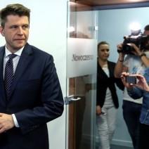 """Petru apeluje o uczestnictwo w """"Marszu wolności"""" organizowanym przez PO"""