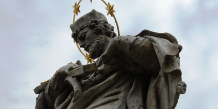 Św. Jan Nepomucen bezpieczny! (ZDJĘCIA)