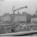 Dźwig na placu budowy, 1973. Fot. NAC