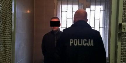 """Atak na młodą matkę w centrum Warszawy. """"Mężczyzna wrzucił ją do błota, zaczął bić i kopać"""""""