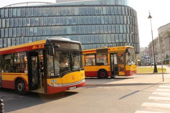 Jak kupuje się bilet autobusowy w Warszawie?