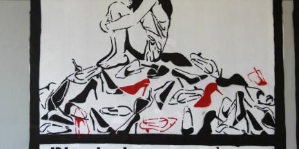 Graffiti poświęcone... pracoholizmowi, zakupoholizmowi i uzależnieniu od hazardu