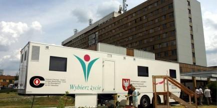 Lekarz z ursynowskiego Centrum Onkologii prawomocnie skazany za łapówkarstwo