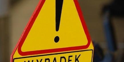 Groźny wypadek na Żoliborzu. Jechał pod prąd, uderzył w autobus