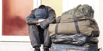Warszawa pomaga bezdomnym. 11 mln na pomoc dla potrzebujących