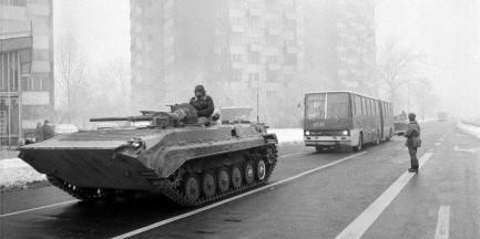 Warszawa: wprowadzenie stanu wojennego [ZDJĘCIA]