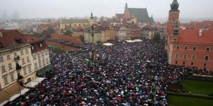 Będzie powtórka Czarnego Protestu? 8 marca kolejne manifestacje